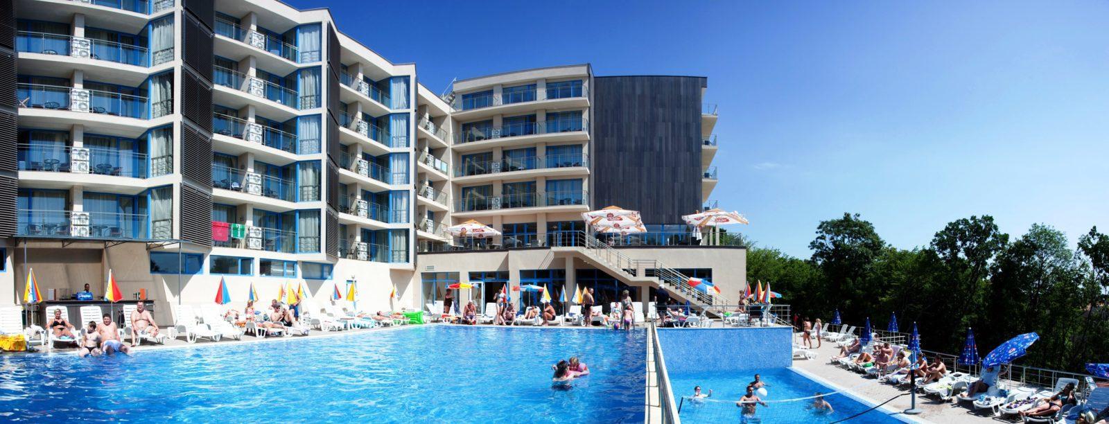 slavey hotel 4